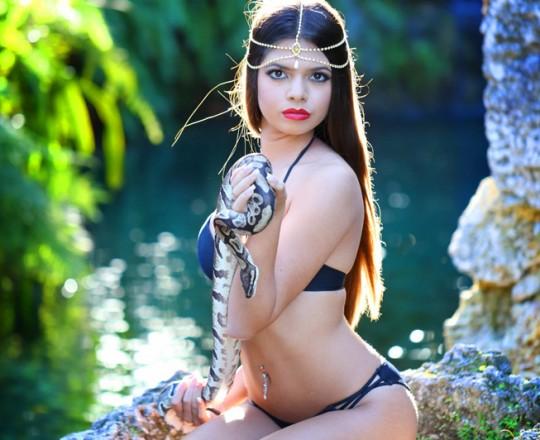 Quinceañera photo shoot hindu snake