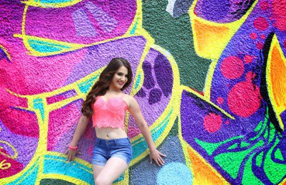 Quinceañera photo shoot Wynwood Graffiti